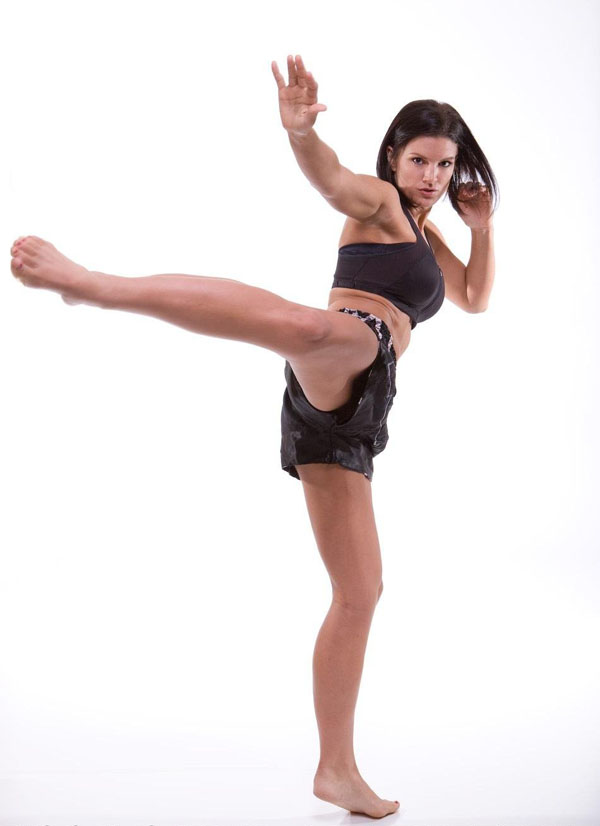 Gina Carano sexiest pictures from her hottest photo shoots. (13)