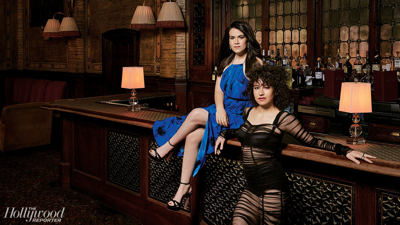 Ilana Glazer sexiest pictures from her hottest photo shoots. (19)