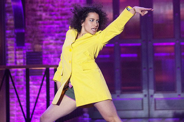 Ilana Glazer sexiest pictures from her hottest photo shoots. (17)