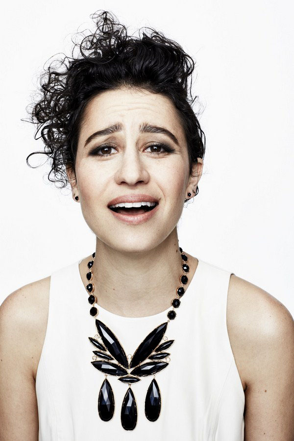 Ilana Glazer sexiest pictures from her hottest photo shoots. (11)