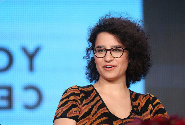 Ilana Glazer sexiest pictures from her hottest photo shoots. (5)