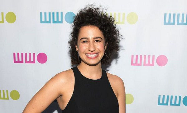 Ilana Glazer sexiest pictures from her hottest photo shoots. (1)
