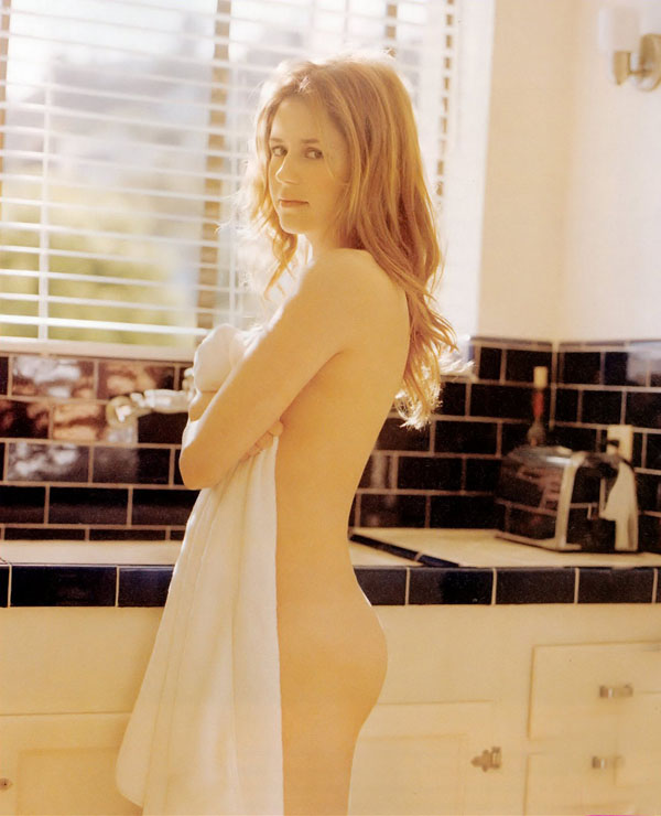 Jenna Fischer sexiest pictures from her hottest photo shoots. (37)