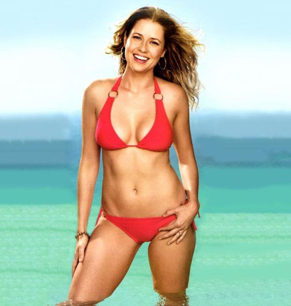 Jenna Fischer sexiest pictures from her hottest photo shoots. (34)