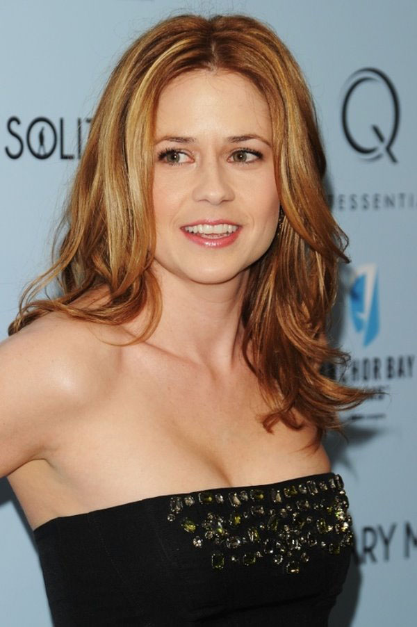 Jenna Fischer sexiest pictures from her hottest photo shoots. (29)