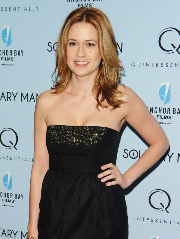 Jenna Fischer sexiest pictures from her hottest photo shoots. (20)