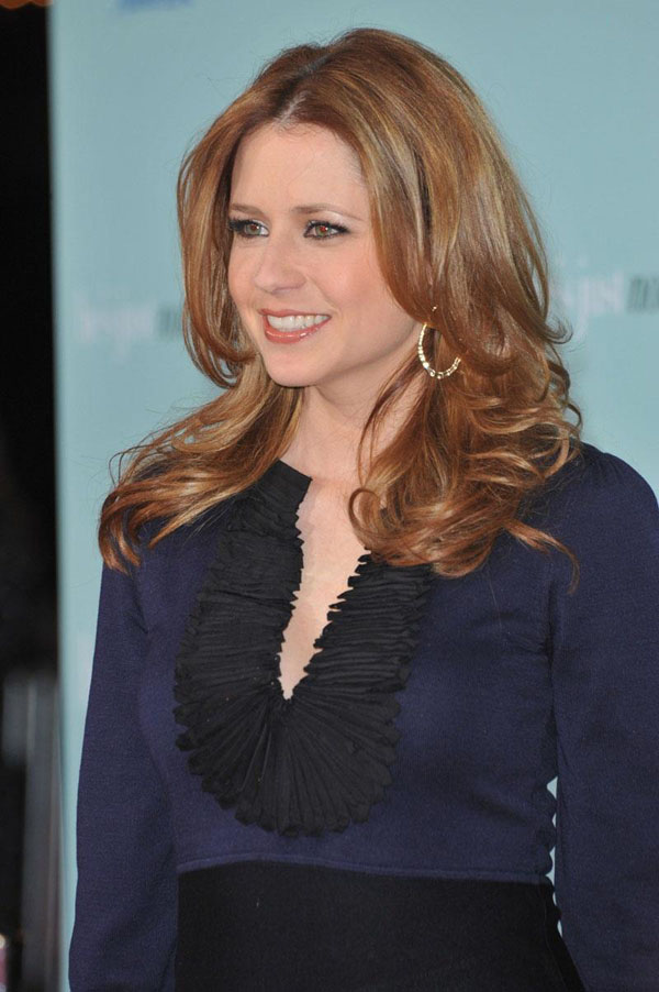 Jenna Fischer sexiest pictures from her hottest photo shoots. (18)