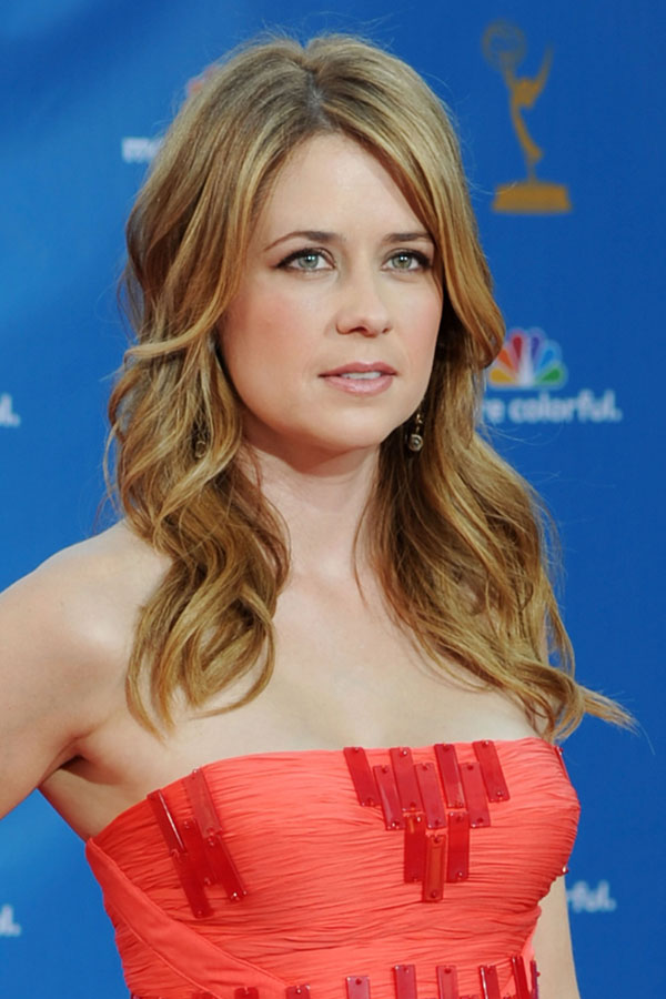 Jenna Fischer sexiest pictures from her hottest photo shoots. (14)