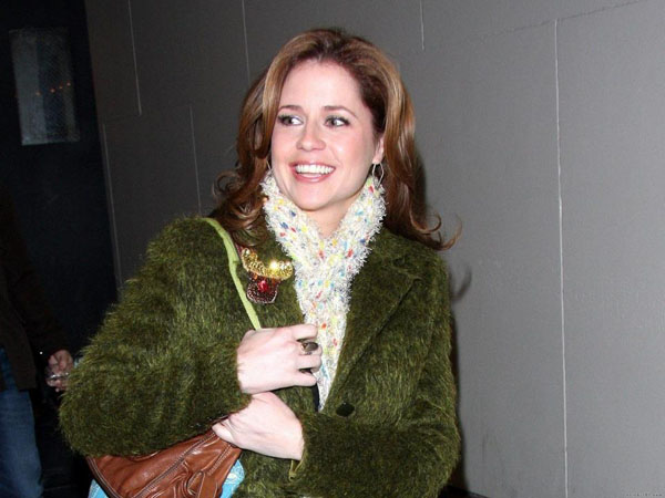 Jenna Fischer sexiest pictures from her hottest photo shoots. (8)