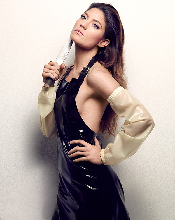 Jennifer Carpenter sexiest pictures from her hottest photo shoots. (29)