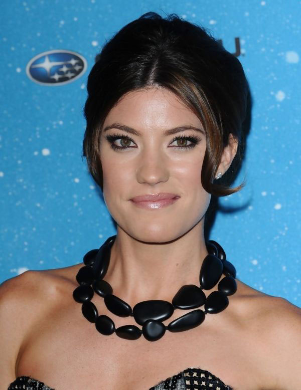 Jennifer Carpenter sexiest pictures from her hottest photo shoots. (2)