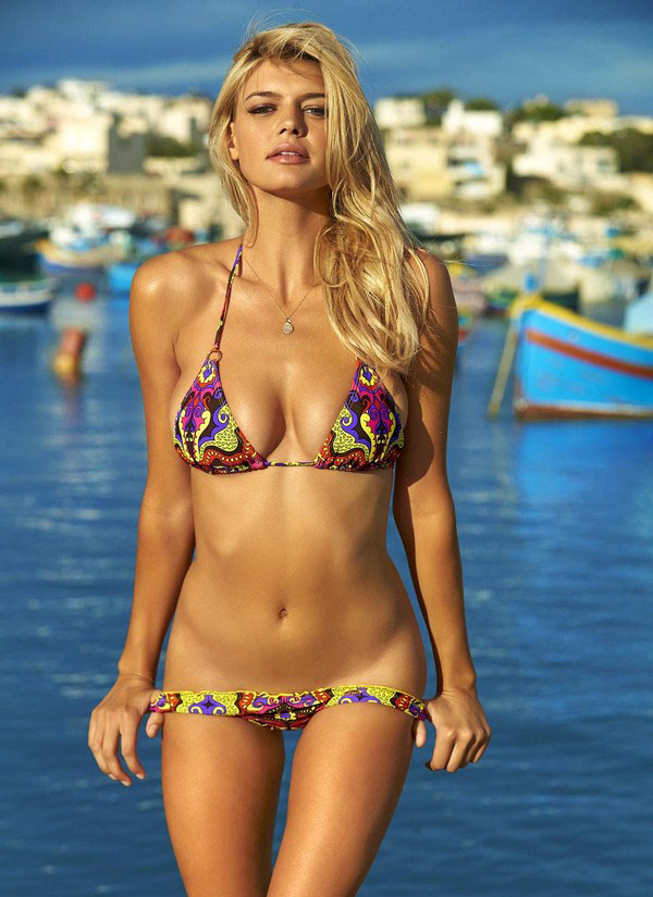 Girls of Baywatch movie photos. (6)