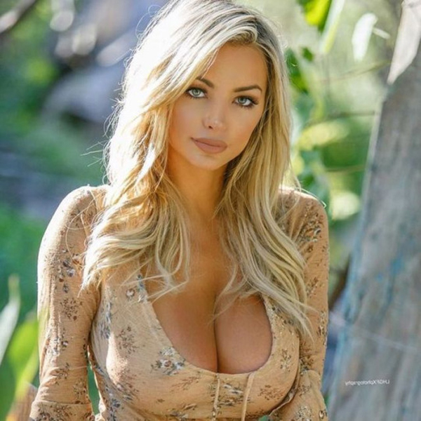 Lindsey Pelas sexiest pictures from her hottest photo shoots. (44)