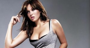 Mandy Moore sexiest pictures from her hottest photo shoots. (40)