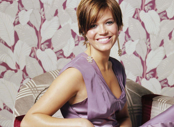 Mandy Moore sexiest pictures from her hottest photo shoots. (30)