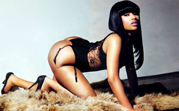 Nicki Minaj sexiest pictures from her hottest photo shoots. (35)