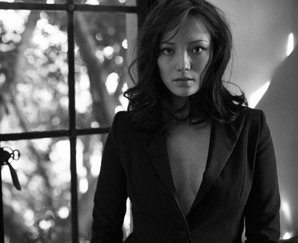 Pom Klementieff sexiest pictures from her hottest photo shoots. (20)