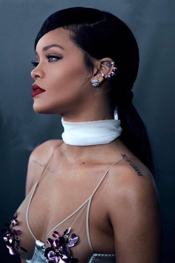 Rihanna sexiest pictures from her hottest photo shoots. (50)