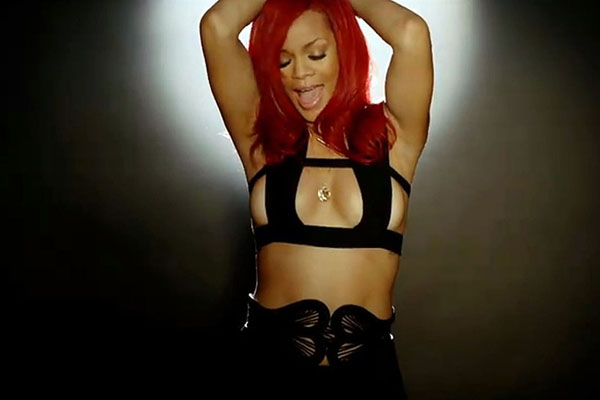 Rihanna sexiest pictures from her hottest photo shoots. (39)