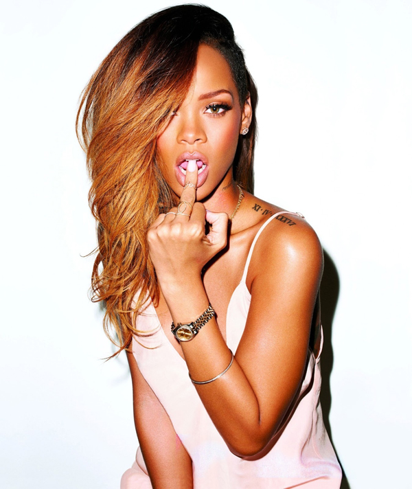 Rihanna sexiest pictures from her hottest photo shoots. (24)