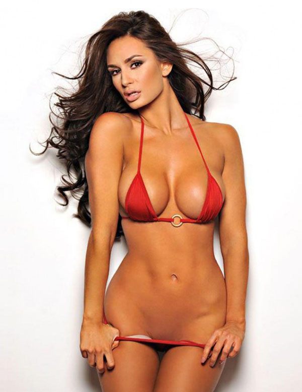 Rosie Roff sexiest pictures from her hottest photo shoots. (44)