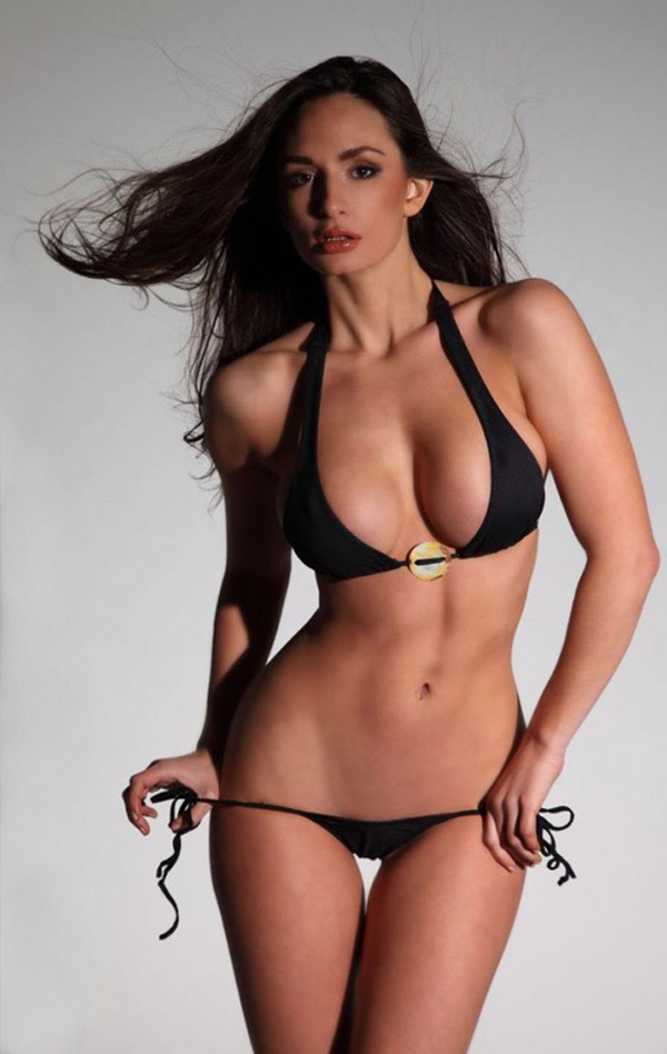Rosie Roff sexiest pictures from her hottest photo shoots. (35)
