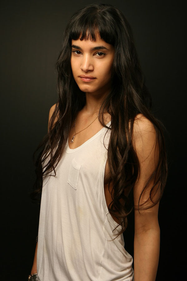 Sofia Boutella sexiest pictures from her hottest photo shoots. (7)