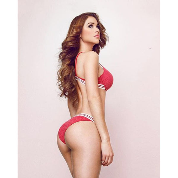 Yanet Garcia sexiest pictures from her hottest photo shoots. (36)