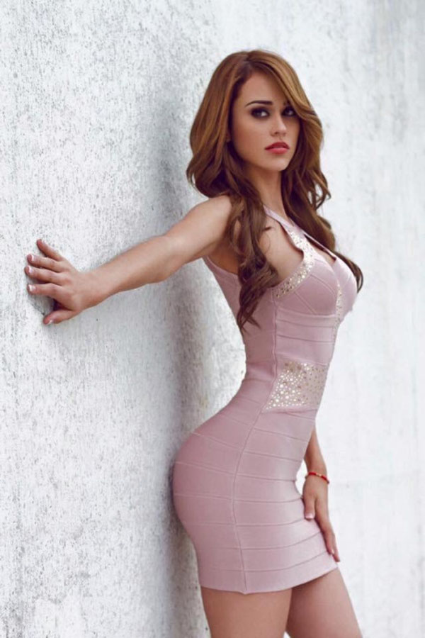 Yanet Garcia sexiest pictures from her hottest photo shoots. (30)