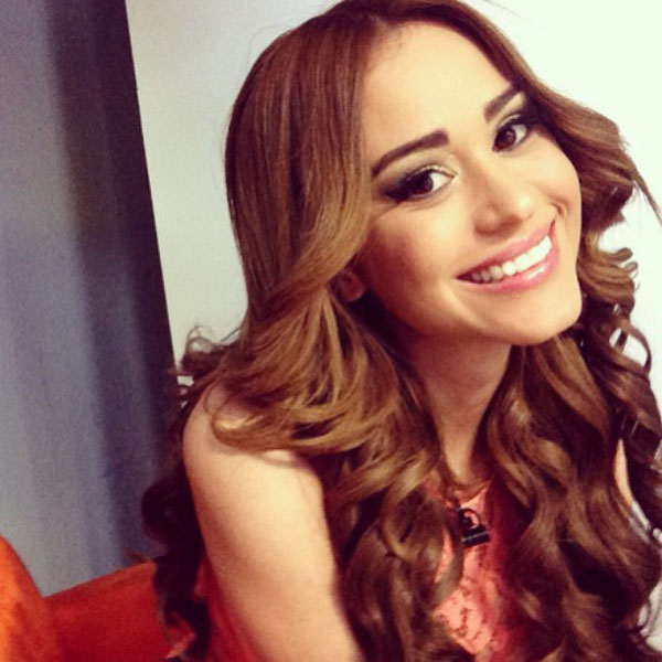 Yanet Garcia sexiest pictures from her hottest photo shoots. (21)
