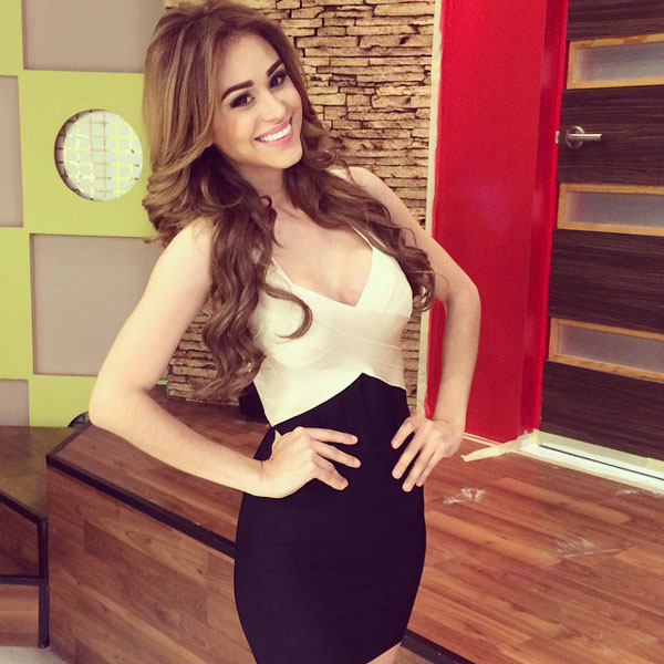 Yanet Garcia sexiest pictures from her hottest photo shoots. (2)