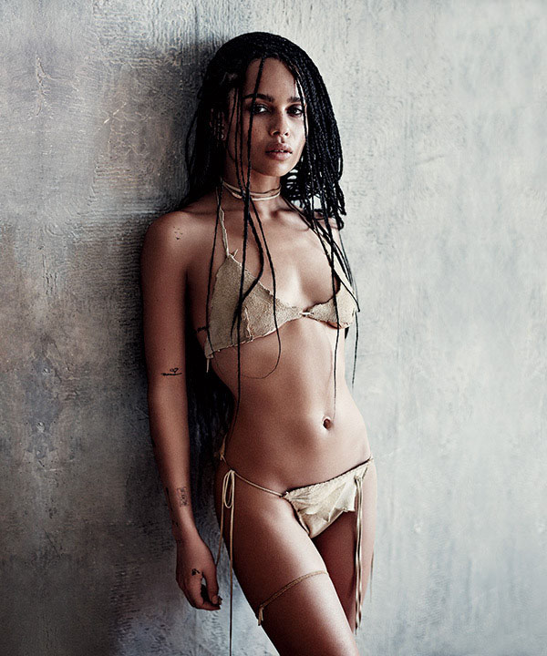 Zoe Kravitz sexiest pictures from her hottest photo shoots. (36)