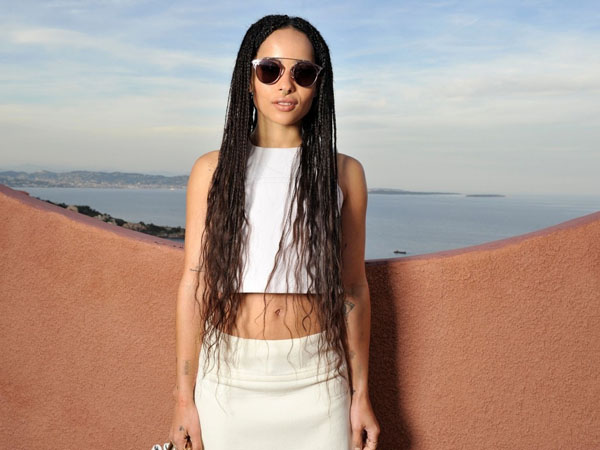 Zoe Kravitz sexiest pictures from her hottest photo shoots. (22)