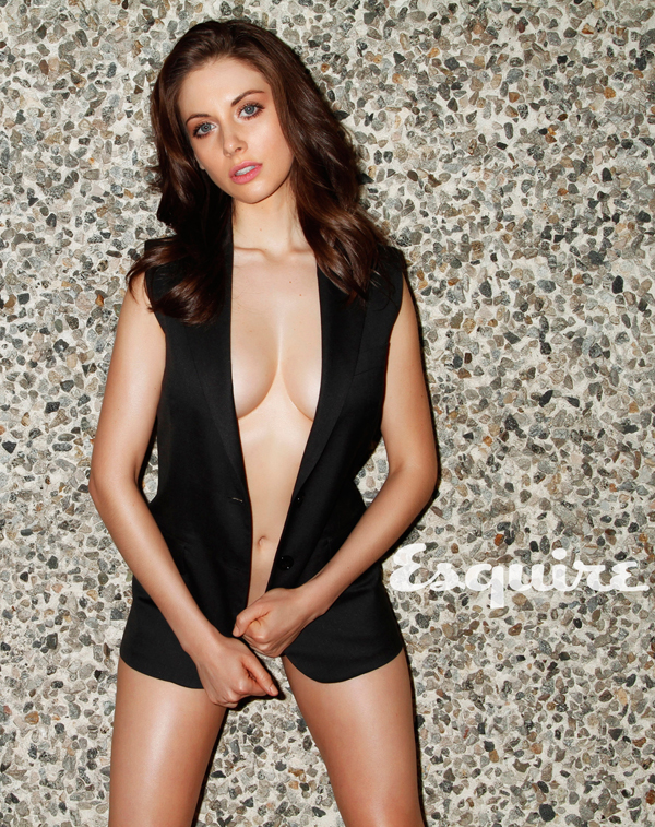 Alison Brie's sexiest pictures from her hottest photo shoots. (16)