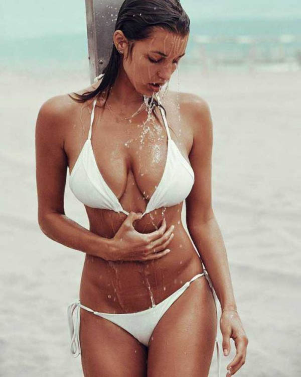 Alyssa Arce sexiest pictures from her hottest photo shoots. (41)