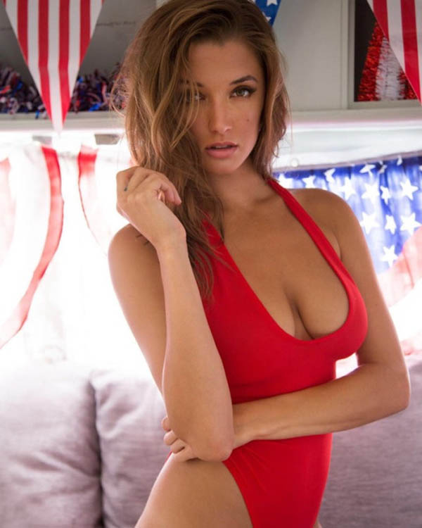 Alyssa Arce sexiest pictures from her hottest photo shoots. (39)