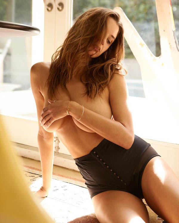 Alyssa Arce sexiest pictures from her hottest photo shoots. (33)