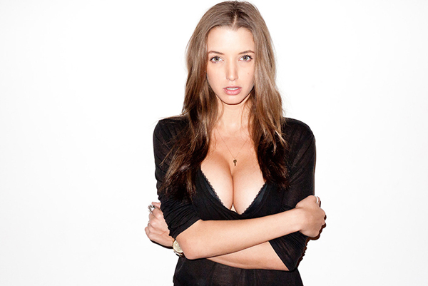 Alyssa Arce sexiest pictures from her hottest photo shoots. (6)