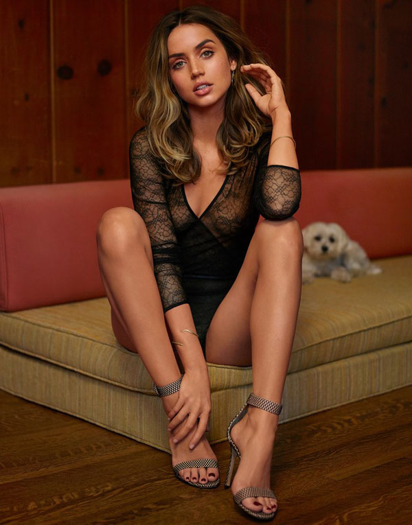 Ana de Armas sexiest pictures from her hottest photo shoots. (30)
