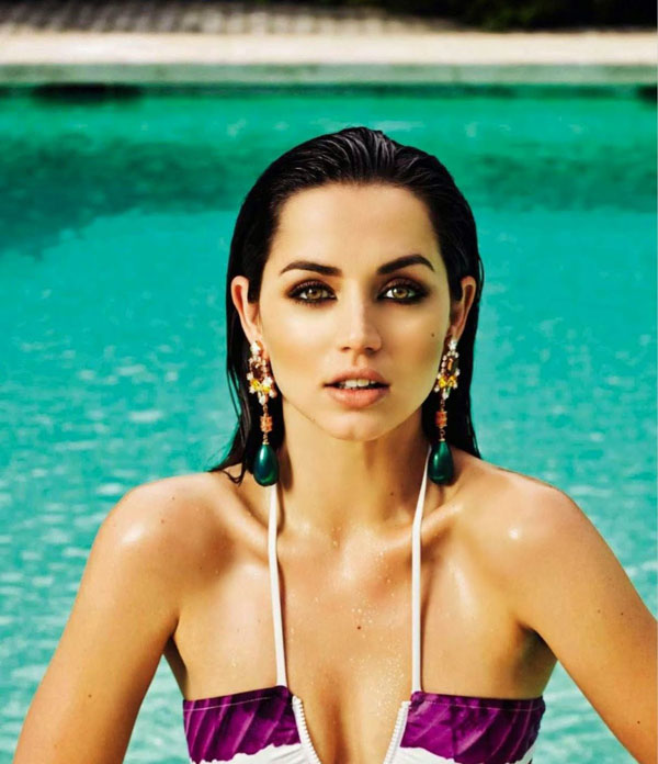 Ana de Armas sexiest pictures from her hottest photo shoots. (28)
