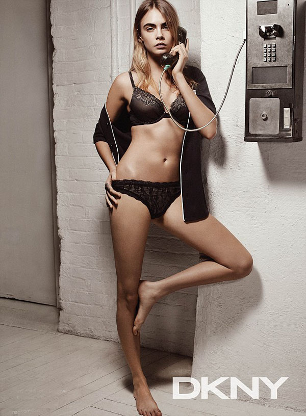 Cara Delevingne sexiest pictures from her hottest photo shoots. (23)