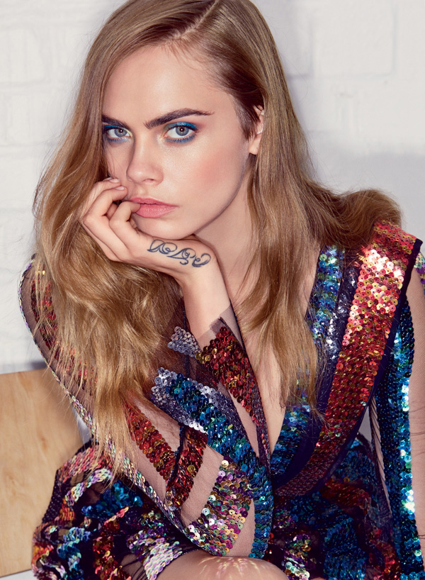 Cara Delevingne sexiest pictures from her hottest photo shoots. (6)