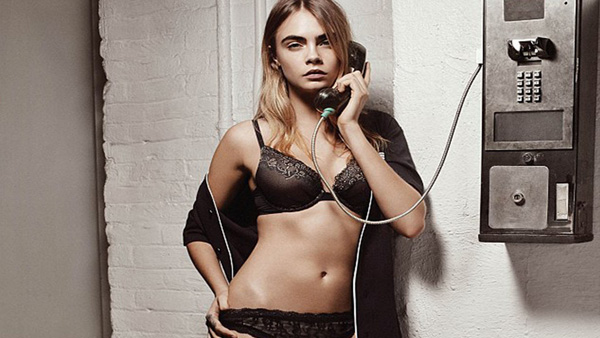 Cara Delevingne sexiest pictures from her hottest photo shoots. (3)