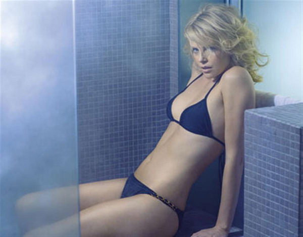 Charlize Theron sexiest pictures from her hottest photo shoots. (47)