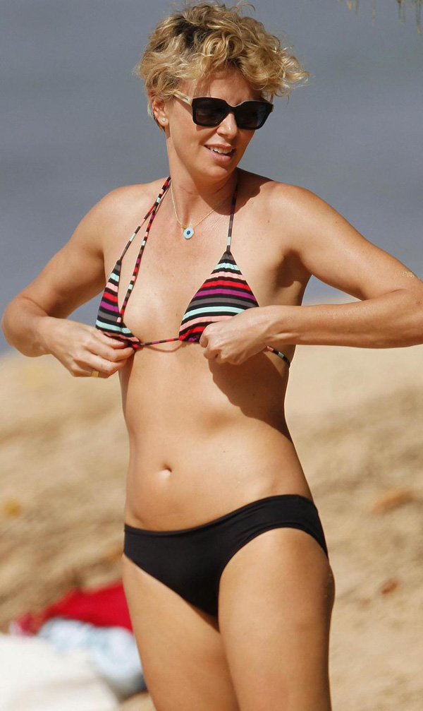 Charlize Theron sexiest pictures from her hottest photo shoots. (41)