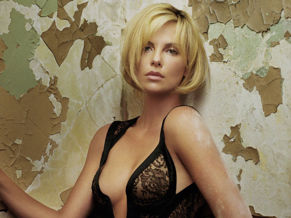 Charlize Theron sexiest pictures from her hottest photo shoots. (38)