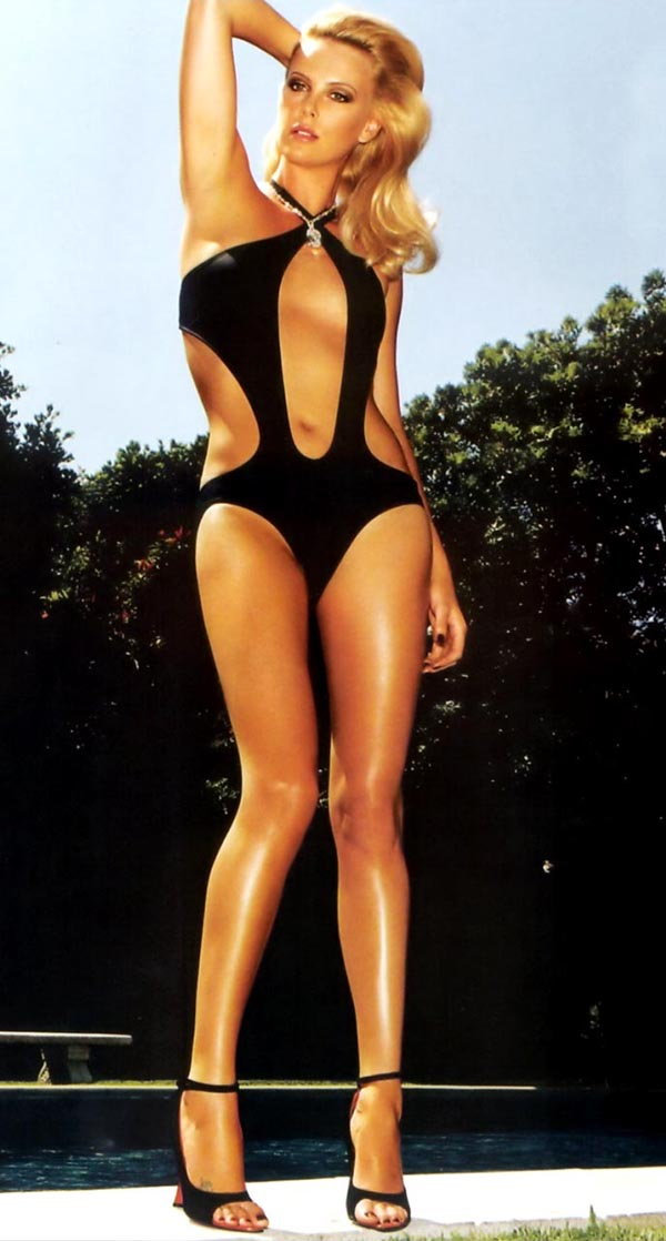 Charlize Theron sexiest pictures from her hottest photo shoots. (32)