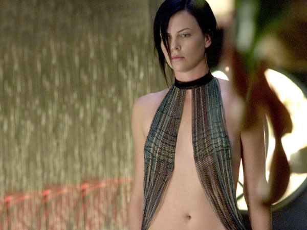 Charlize Theron sexiest pictures from her hottest photo shoots. (6)