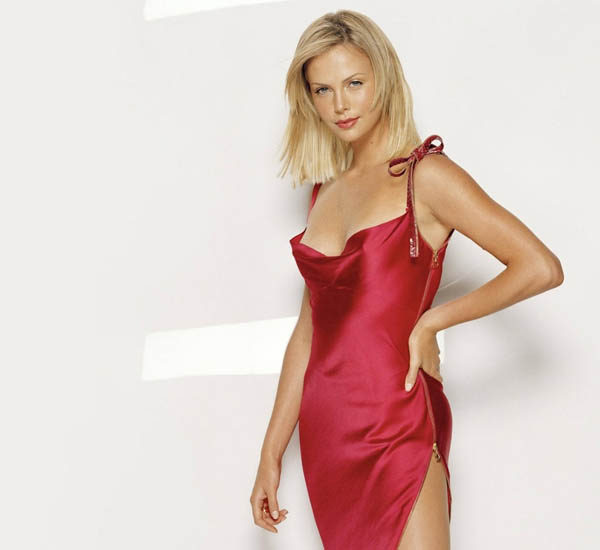 Charlize Theron sexiest pictures from her hottest photo shoots. (2)