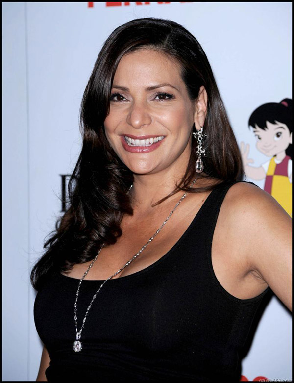 Constance Marie sexiest pictures from her hottest photo shoots. (13)